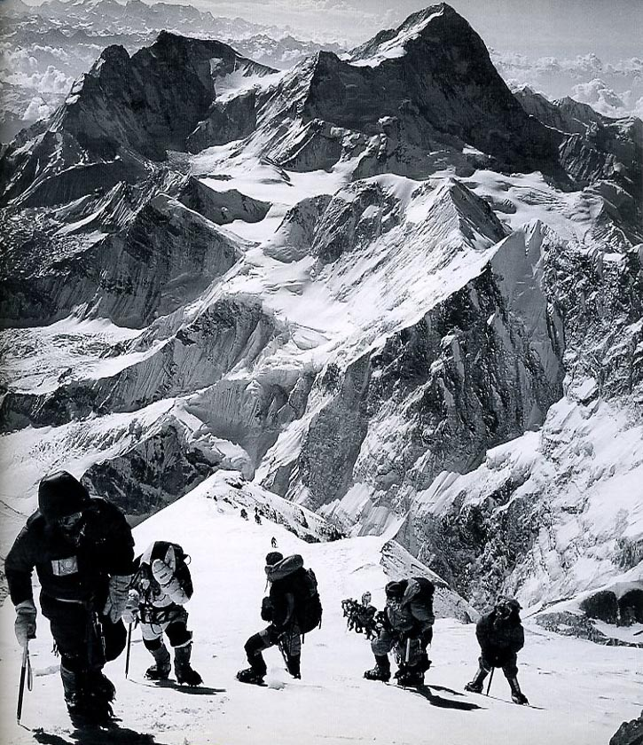 Into Thin Air: A Personal Account of the Mt. Everest Disaster Book Cover