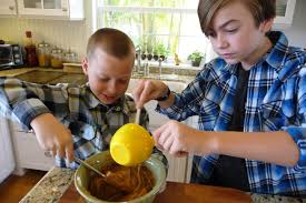 boys_making_cookies